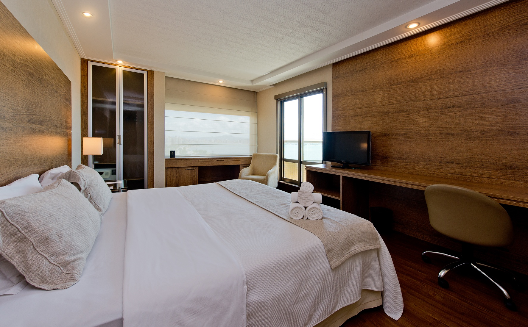 Apartamentos Luxo Sacada